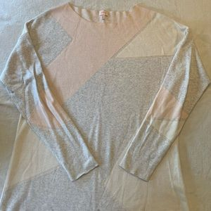 Soft and cozy Pixley sweater